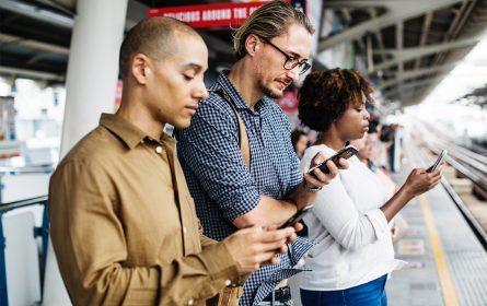 Ovisnost o mobilnim telefonima