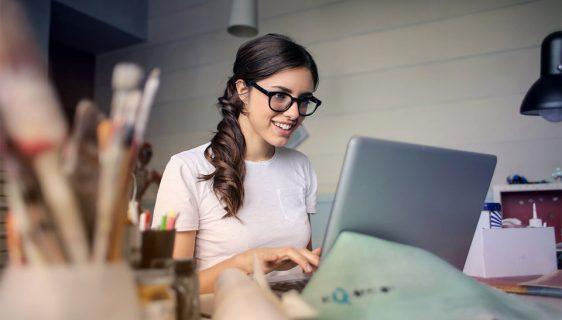 Kako da produžite radni vijek laptopa - ilustracija (foto: Pexels)