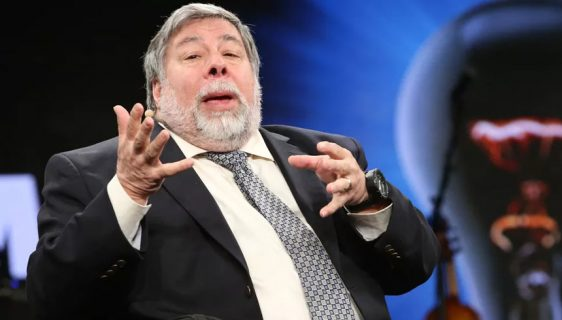 "Steve Wozniak tvrdi: ""Apple Watch je najbolji gedžet na svetu"""