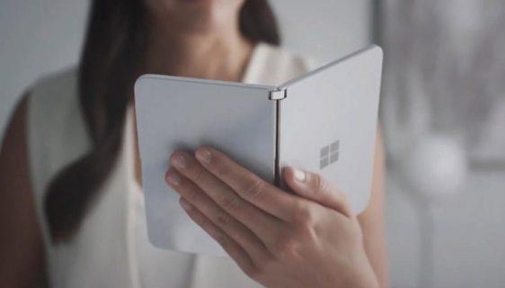Microsoft Surface Duo pametni telefon