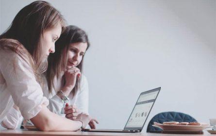 Pogledajte šta žene najčešće pretražuju na internetu za vrijeme izolacije