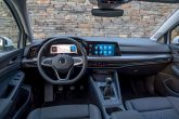 Volkswagen zaustavio isporuke Golfa i Škode zbog problema u softveru