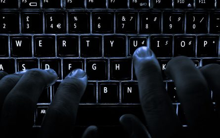 Microsoft patentovao tastaturu na kojoj se prikazuju četiri jezika
