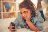 Djevojčica upozorila na štetne aplikacije za iOS i Android