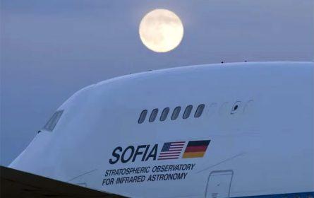 NASA: Na Mjesecu pronađena voda