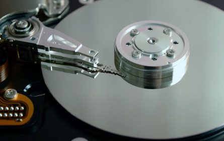 Priprema se najveći hard disk na svijetu od 20TB
