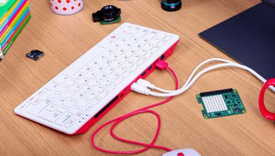 Raspberry Pi 400 računar u tastaturi od 70$