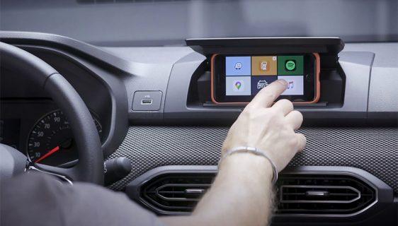 Dacia smislila originalno rješenje za multimedijalni sistem – smartfon