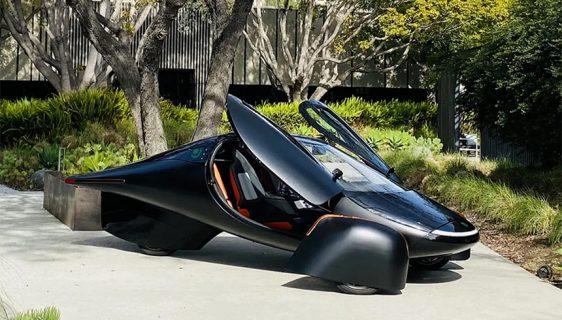 """Aptera """"ustala iz mrtvih"""": Solarno vozilo na tri točka"""