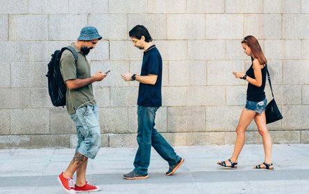 Pazite kud hodate dok koristite Android mobilni telefon!